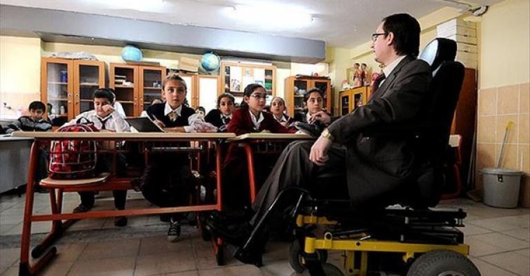 MEB'den Duyuru Geldi: Engelli Öğretmen Atama Kontenjanı Yükseltildi
