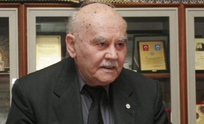 Yazar Mustafa Necati Özfatura 89 Yaşında Vefat Etti