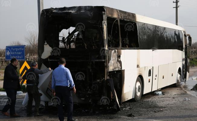 Zonguldak-Marmaris seferini yapan yolcu otobüsü yandı