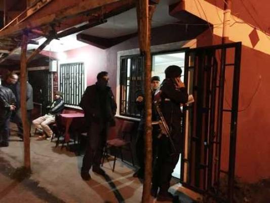 Bartın'da bir kişi, dayısının oğlunu silahla vurarak öldürdü