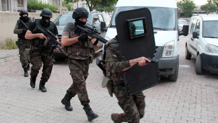 Elazığ'da terör operasyonu! 7 kişi gözaltına alındı