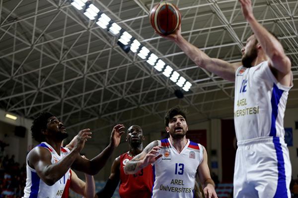 Gaziantep Basketbol, deplasmanda Bahçeşehir Koleji'ni mağlup etti