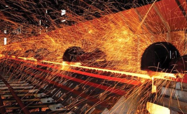 Demir-Çelik İthalatına Yüzde 30 Vergi Getirildi