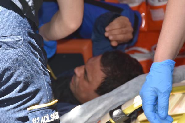 İzmir'de cinayet! Eşini öldürüp fare zehri içti