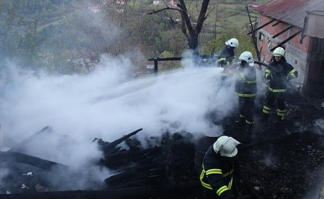 Sinop'ta Korkunç Yangın! 3 Kişi Öldü