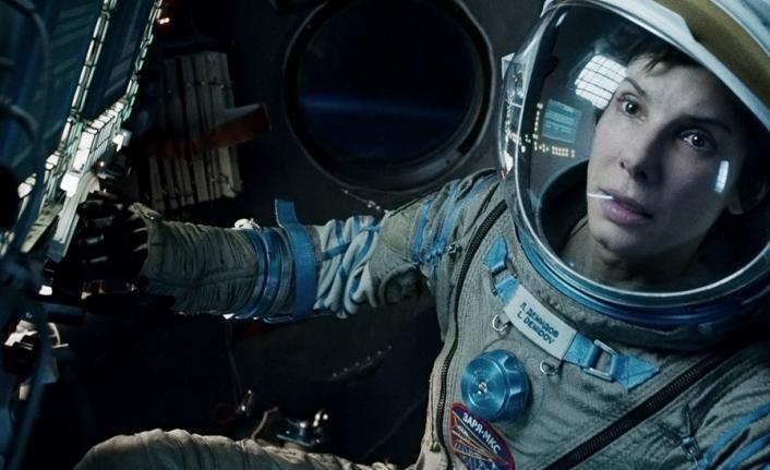 Apollo 11'in Ay yüzeyine inişinden 50 yıl sonra NASA ilk kez Ay'a kadın astronot gönderiyor