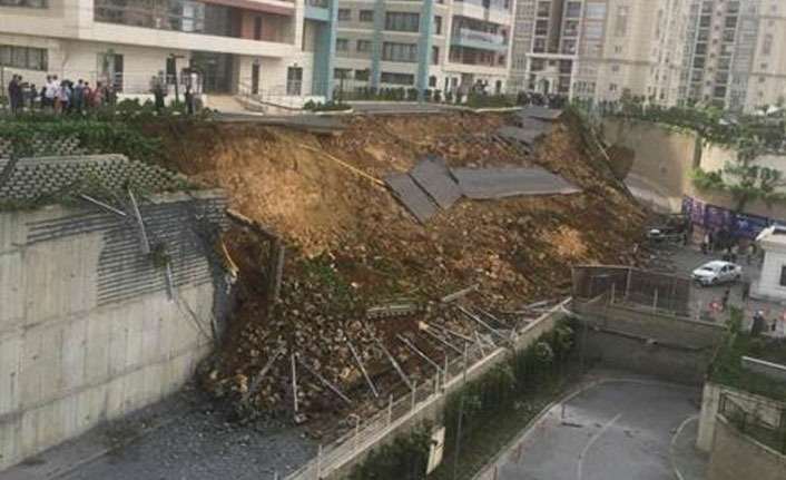 Başakşehir'de İstinat Duvarı Çöktü! Ölü ve Yaralı Var