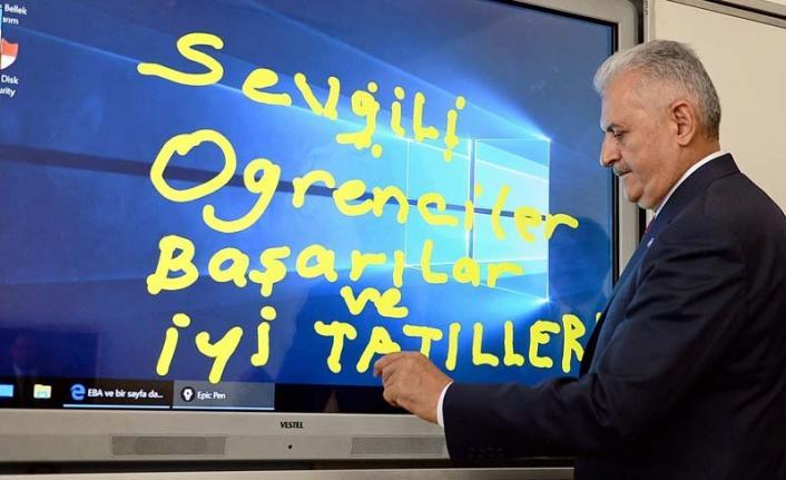 Binali Yıldırım, İmamoğlu'nun İstanbul vaatlerine ve sloganına güncelleme yaptı