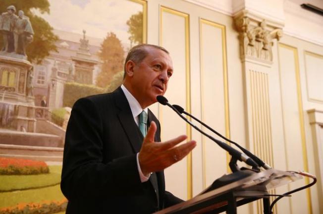 """Cumhurbaşkanı Erdoğan, Ak Parti içerisinde YSK kararından rahatsızlık duyanlara kapıyı gösterdi! """"Arzu ediyorlarsa istifa etsinler"""""""
