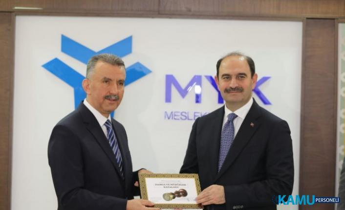 PTT Ve MYK Protokol İmzaladı! Postacı, Kurye ve Kargoculara Mesleki Yeterlilik Kazandırılacak