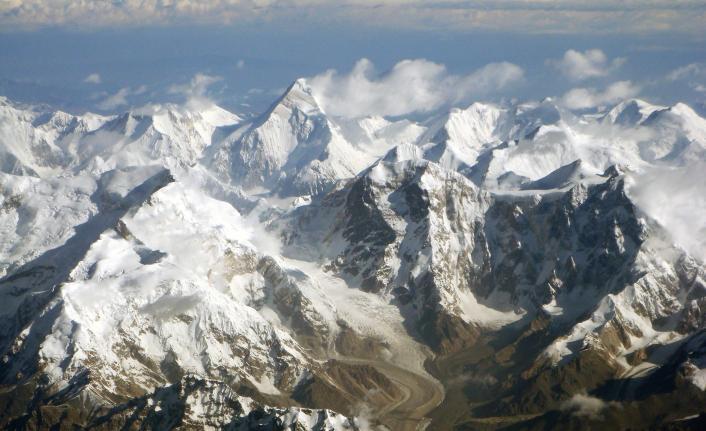 Rusya, Altay Dağlarında Çığ Düştü! 7 Turist Hayatını Kaybetti!