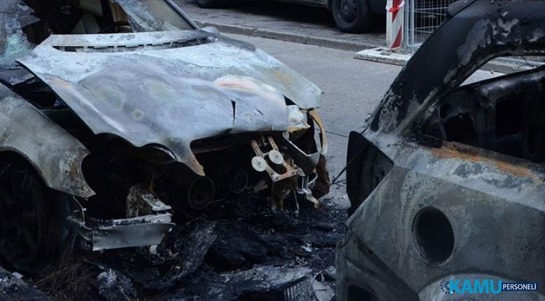 Selanik'te Türk diplomatlara ait araçlar kundaklandı!