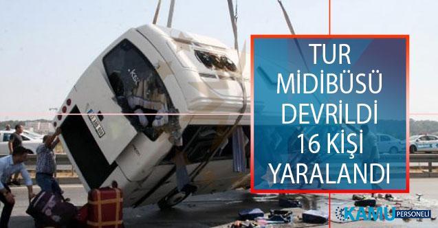 Antalya'nın Manavgat İlçesinde Tur Midibüsü Devrildi: 16 Yaralı Var