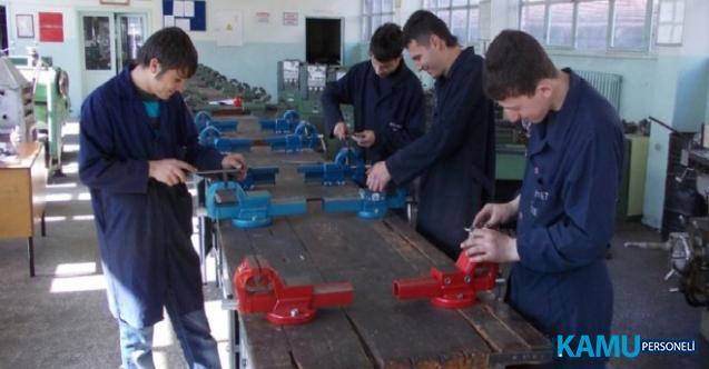 İzmir'de Meslek Liseleri Boş Kaldı