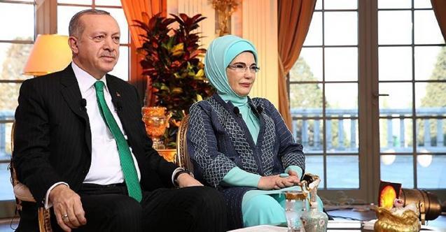 Cumhurbaşkanı Erdoğan: Eşimle Beni Yarım Saat Beklettiler