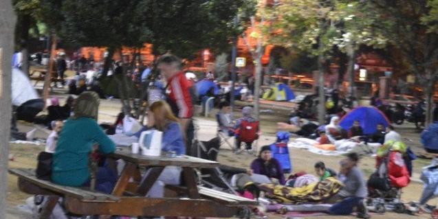 İstanbul'daki Depremin Ardından Neler Yaşandı? Güne Böyle Uyandılar