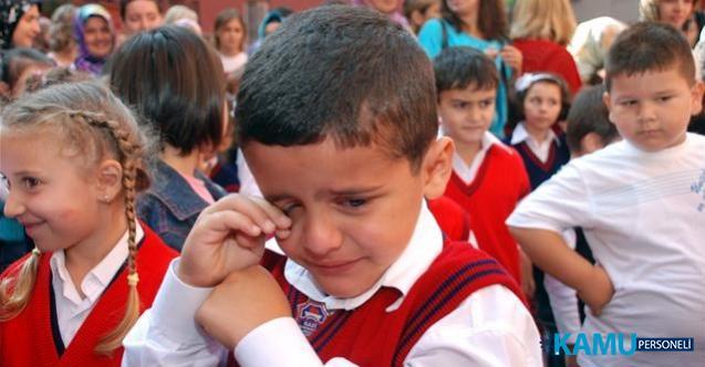 Okul zili yarın çalışıyor! İlk gün okula yeni başlayan çocuğa nasıl davranmalı?