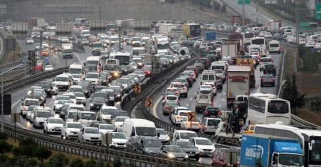 İstanbul'da yarın kapalı olan yollar! 3 Ekim için EGM'den İstanbul'a trafik uyarısı geldi