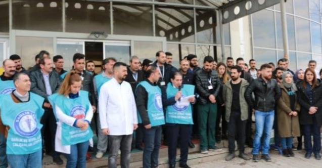 İzmir'de sağlık çalışanları ayaklanacak! Ameliyata girmeme eylemi yapılacak!