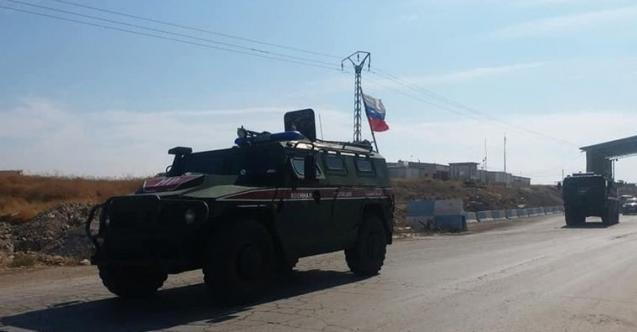 Suriye'den ilk fotoğraf geldi! Rusya devriye atmaya başladı