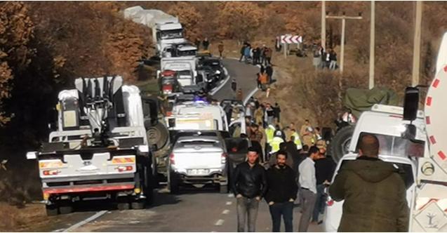 Tunceli'de feci kaza: 13 jandarma personeli...