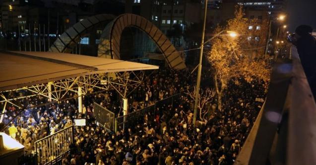 İran'da rejim karşıtı protestolar artıyor!