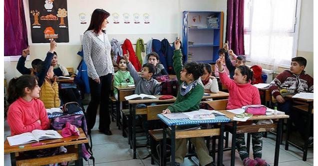 Sözleşmeli öğretmenlik yapmak isteyenler dikkat! Ön başvuru bugün son!