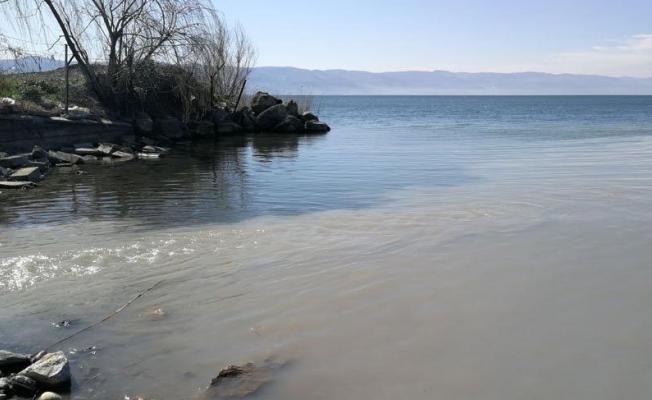 Lağım suları İznik Gölü'ne aktı!