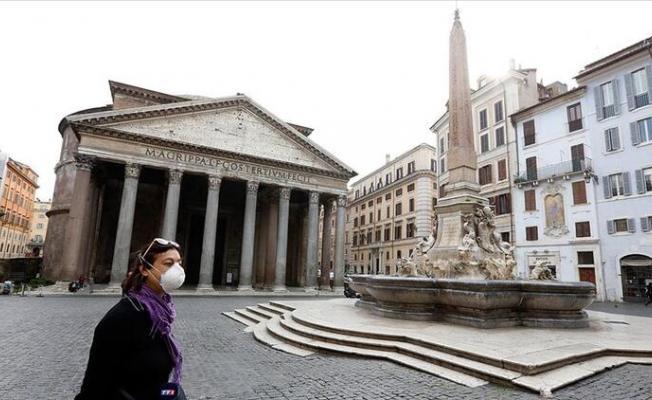 İtalya'da salgından ölenlerin güncel sayısı bugün 8 bin 165'e yükseldi
