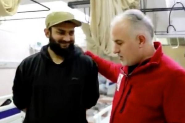 Kızılay Başkanı Kerem Kınık'ın IŞİD'li bir İngiliz doktorla fotoğrafı ortaya çıktı!