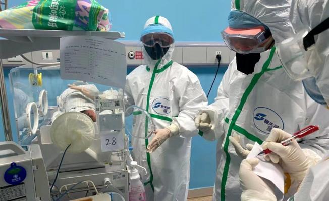 Koronavirüs nedeniyle bir bebek hayatını kaybetti