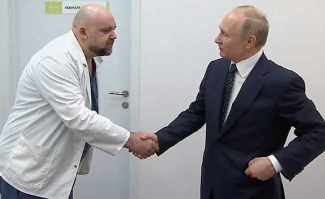 Rusya'da şoke eden gelişme: Putin'in geçen hafta görüştüğü doktorda koronavirüs çıktı!