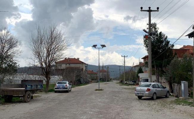Burdur'un Çeltikçi ilçesinde 3 yaşındaki bir çocukta koronavirüs tespit edildi!