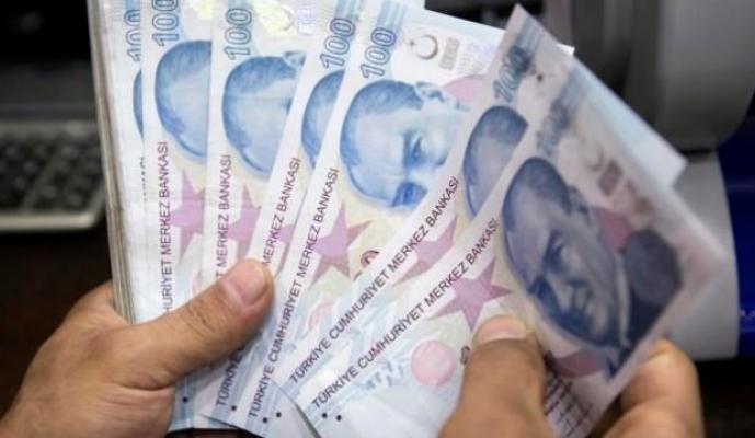 Doktorların maaşlarından bin lira diğer sağlık personellerinden 500 lira kesileceği iddia edilmişti! Bakan Yardımcısı Birinci yalanladı