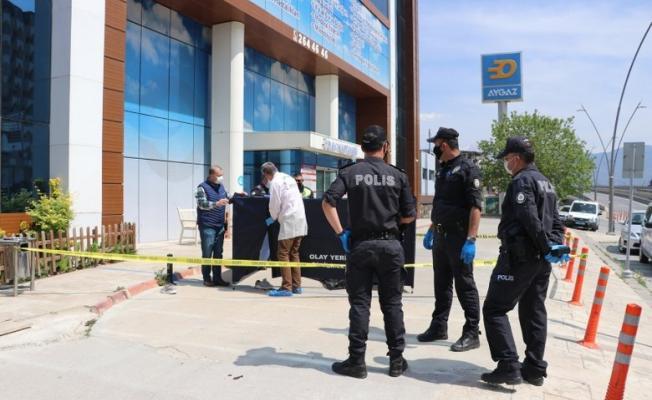 Hastanenin 9. Katından düşen sağlık çalışanı hayatını kaybetti!