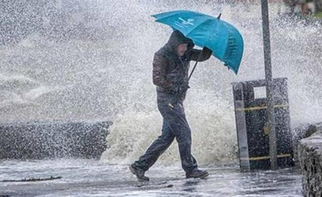 Meteoroloji'den son dakika uyarısı geldi! 3 bölgeye çok şiddetli sağanak yağış geliyor! Bu gece önleminizi alın!