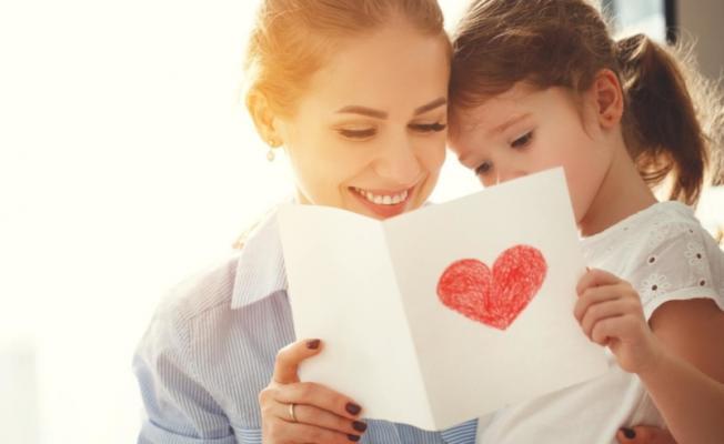 Anneler Günü hediyesi ne alınır? Anneler Günü hediyesi fikirleri..