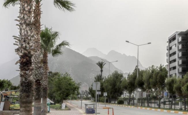 Antalya'da Afrika sıcaklıkları hakim!