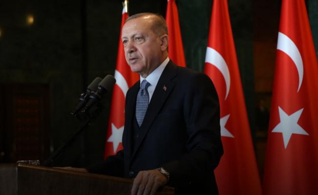 Cumhurbaşkanı Erdoğan duyurdu! 19 Mayıs saat 19.19'da tüm Türkiye balkonlardan İstiklal Marşı okuyacak!