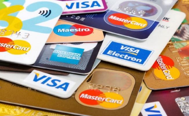 Kredi kartı kullananlar dikkat! Pek çok kişinin düştüğü bu tuzaklar ekonominizi sarsabilir!