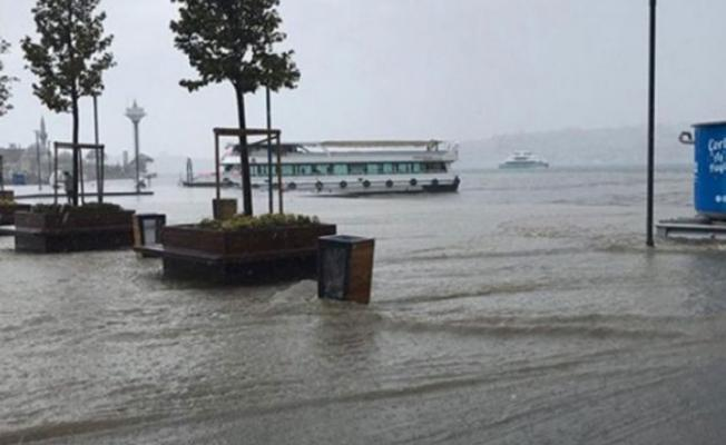 Meteoroloji İstanbul, Kocaeli ve Sakarya için sel uyarısında bulundu!