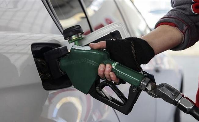 Motorinin litre fiyatında gece yarısından geçerli olmak üzere indirime gidilecek!