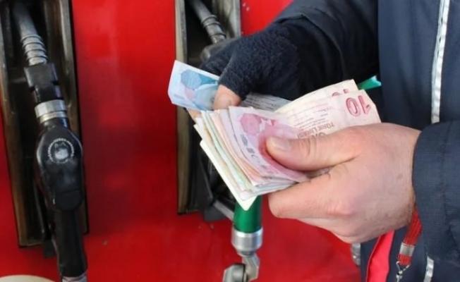 Son dakika benzin fiyatlarına indirim yapıldı!