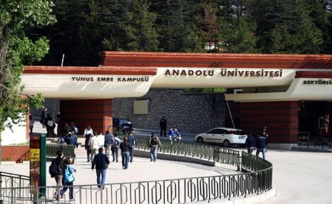 YÖK az önce açıkladı! Anadolu Üniversitesi Rektörü istifa etti