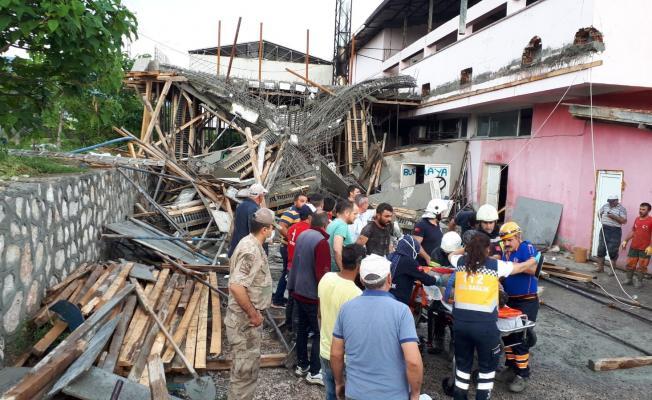 Amasya'da bir fabrika inşaatında göçük! Yaralı işçiler var!