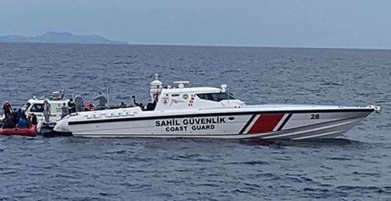 Balıkesir'de Can Pazarı Yaşandı ! 39 Kişiyi Taşıyan Bot Battı