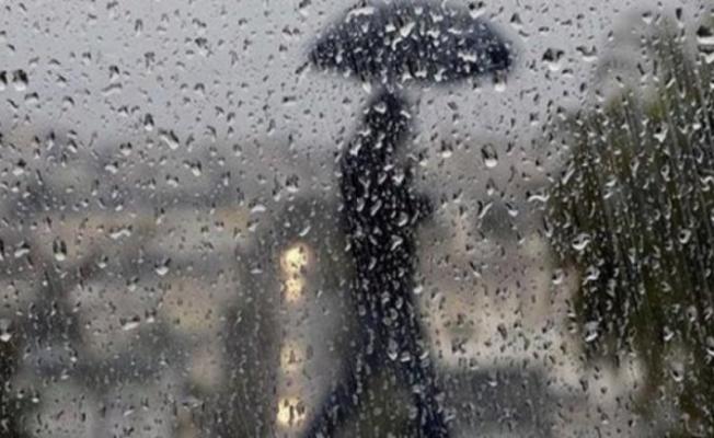 MGM'den akşam saatlerinde o illere son dakika uyarısı! Hava sıcaklıkları birden düşecek! Şiddetli ve etkili yağış geliyor!