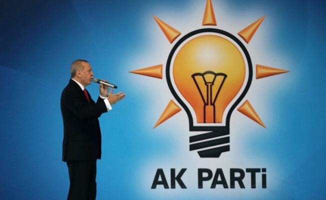 AKP'de istifalar peş peşe geldi!