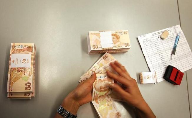 Emekliye En Az 4 Bin 500 Lira Nakit Avans Çekme İmkanı