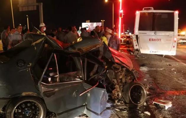 İzmir'de Yürek Yakan Trafik Kazası: Hamile Kadın Hayatını Kaybetti